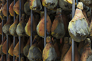 01/12/14 - AURILLAC - CANTAL - FRANCE - Entreprise Cantal Salaisons. Sechoir a jambon pare au saindoux - Photo Jerome CHABANNE