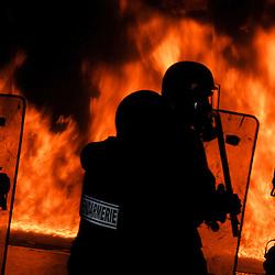 Centre National d'Entra&icirc;nement des Forces de Gendarmerie (CNEFG) &agrave; Saint Astier. Formation continue des escadrons de Gendarmerie Mobile.<br /> Les mobiles sont amen&eacute;s &agrave; affronter des incendies &agrave; leur proximit&eacute; imm&eacute;diate, et &agrave; assurer la protection des pompiers