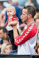 ROTTERDAM - Eerste training van Feyenoord , voetbal , seizoen 2015-2016 , Stadion De Kuip , 28-06-2015 , Kleine supporter met zijn vader