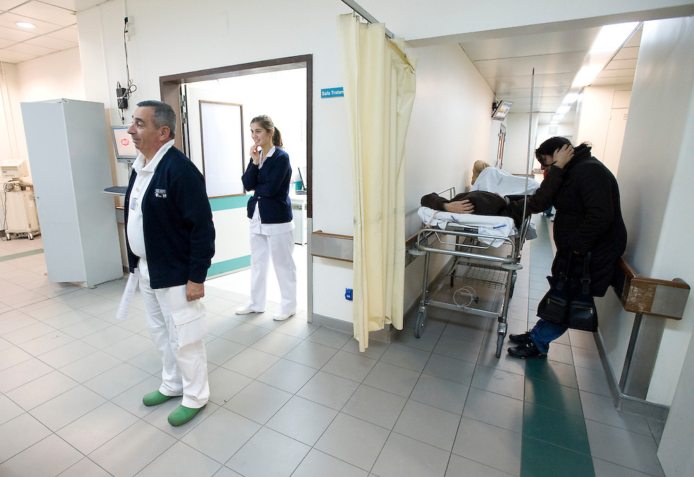A moment at the emergency room at Sta. Maria Hospital in Lisbon, 2009