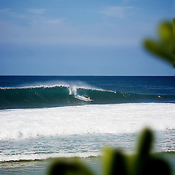 surf at big pipe