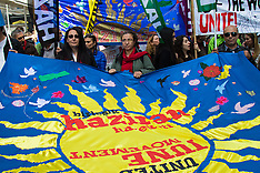 2015-05-01 Workers march through London on May Day