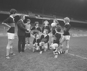 Group of Mountmellick students visit Croke Park..29.10.1975  29th October 1975