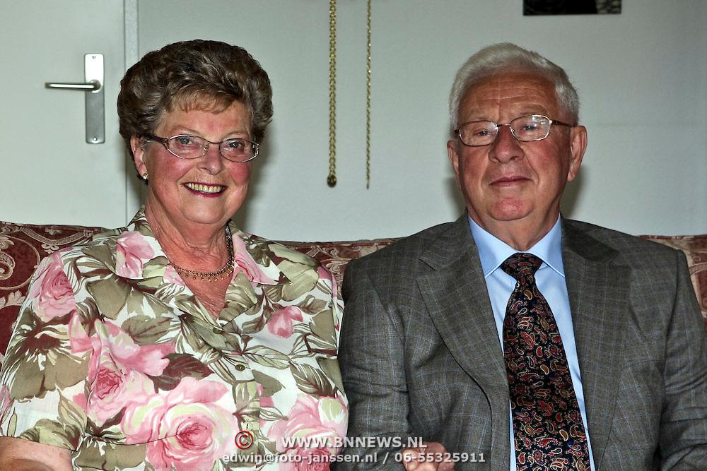 NLD/Huizen/20080813 - 50 jarig huwelijk familie Rebel - Boor uit Huizen