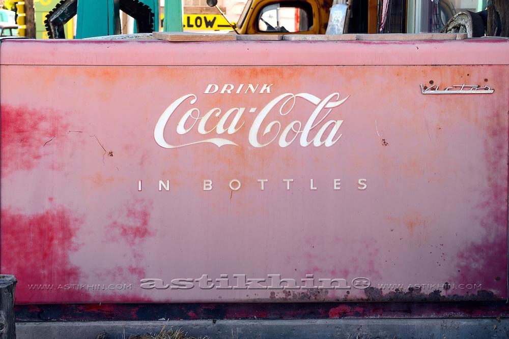 Victor Coca-Cola cooler bar, original paint.