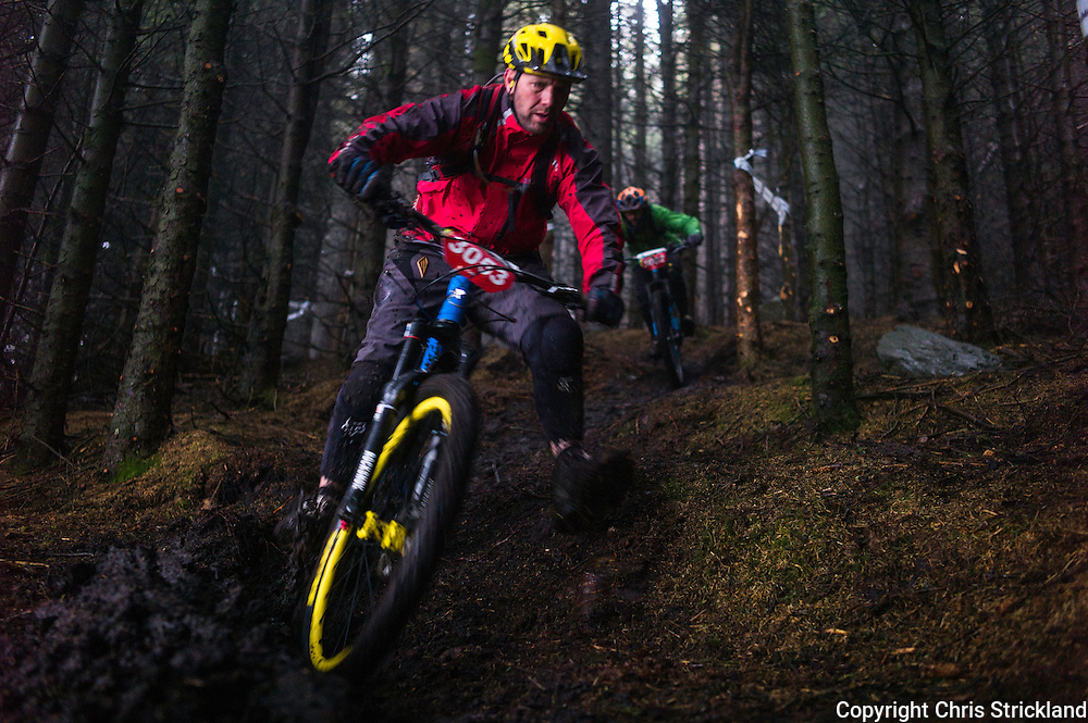 Glentress, Peebles, Scotland, UK. 31st May 2015. Action on Stage 5 of The Enduro World Series Round 3 taking place on the iconic 7Stanes trails during Tweedlove Festival. Mountain bikers come up against eight stages across two days, with an intense 2,695 metres of climbing over 93km. As well as the physicality of the liaisons, the stages themselves are technical, catching many off guard.