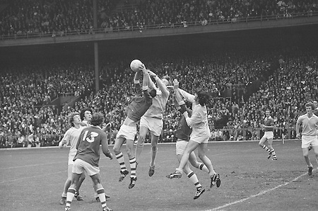 22.08.1971 Football All Ireland Semi Final Cork Vs Offaly..Junior.Cork v. Dublin.