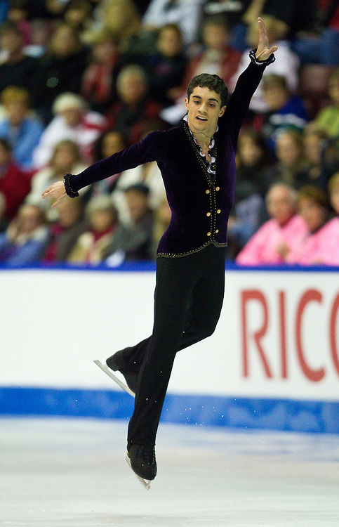 GJR428 -20111029- Mississauga, Ontario,Canada-  Javier Fernandez of Spain skates to a silver medal in the mens competition at Skate Canada International, in Mississauga, Ontario, October 29, 2011.<br /> AFP PHOTO/Geoff Robins