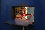 Penitenci?ria de Sorocaba aproveita habilidades de reeducandos. Foto de Valdevino Ferreira dos Santos..Sorocaba-SP.15.07.2004.Foto:Daniel Guimar?es/Imprensa Oficial