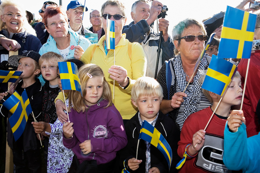 Sweden celebrates 200 years of peace. The last battles on Swedish ground occurred August 1809, in Savar (Sävar) and Ratan in northern Sweden. To celebrate this Swedish king Carl XVI Gustaf, Queen Silvia And Crown Princess Victoria and Sweden's Minister for Enterprise and Energy Maud Olofsson, visits Ratan. .
