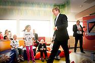 AMSTERDAM King Willem Alexander opens Wednesday October 7, 2015 the new Emma Children's Hospital in Amsterdam. The hospital combines medical treatment with intensive psychosocial counseling and assists (chronically) ill children to get as full a life as possible in society. COPYRIGHT ROBIN UTRECHT AMSTERDAM Koning Willem Alexander opent woensdagmiddag 7 oktober 2015 het vernieuwde Emma Kinderziekenhuis AMC in Amsterdam. Het ziekenhuis combineert medische behandelingen met intensieve psychosociale begeleiding en helpt (chronisch) zieke kinderen om een zo volwaardig mogelijk leven in de maatschappij te krijgen. COPYRIGHT ROBIN UTRECHT