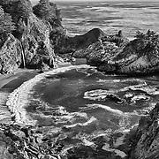 Pfeiffer State Beach Waterfall Overlook, CA - HDR - Black & White
