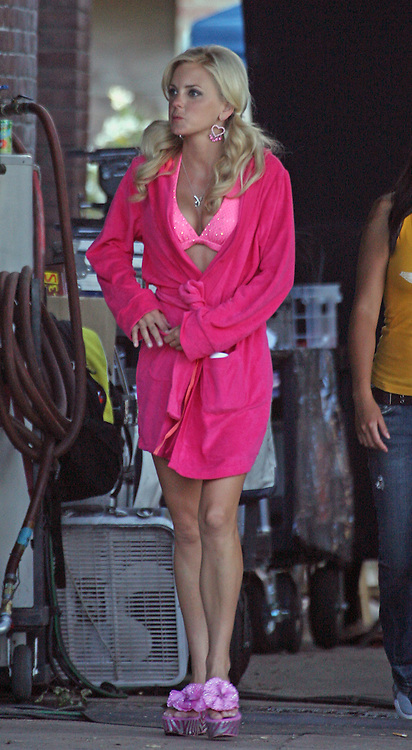 LOS ANGELES, CALIFORNIA - Tuesday 14th August 2007. NON EXCLUSIVE: Katherine McPhee, Rumer Willis and Anna Faris on the set of 'House Bunny'. The girls had a great time with each other filming this car wash scene. Photograph: David Buchan/On Location News. Sales: Eric Ford 1/818-613-3955 info@OnLocationNews.com