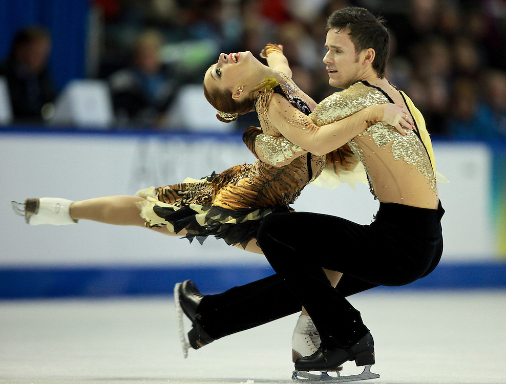 20101031 -- Kingston, Ontario -- Kristina Gorshkova and Vitali Butikov of Russia skate their free dance program at Skate Canada International in Kingston, Ontario, Canada, October 31, 2010. <br /> AFP PHOTO/Geoff Robins
