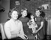 1959 Mrs Samuel Shaw and Twins