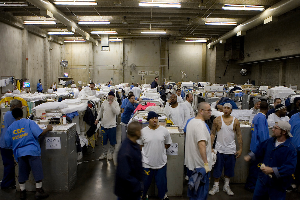 Usa california prison system overcrowded max whittaker