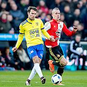 ROTTERDAM - Feyenoord - SC Cambuur , Voetbal , Seizoen 2015/2016 , Eredivisie , Feijenoord Stadion De Kuip , 06-03-2016 , Cambuur speler Sander van de Streek (l) in duel met Speler van Feyenoord Rick Karsdorp (r)