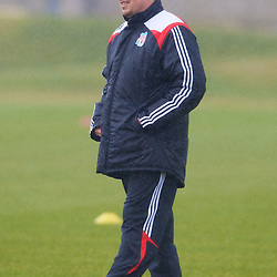080328 Liverpool training