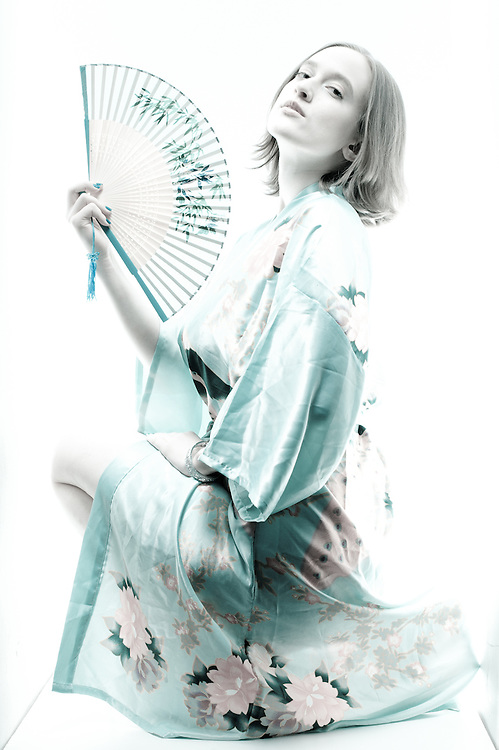 """White Box #487"" Model: Nadeshiko Yamato"