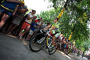 Tourfavoriet Alberto Contador passeert met zijn Tinkoff Saxo Bank ploeg de wielerliefhebbers. In Utrecht vindt met de presentatie van de renners het eerste offici&euml;le deel plaats van de Grand Depart. Op 4 juli start de Tour de France in Utrecht met een tijdrit. De dag daarna vertrekken de wielrenners vanuit de Domstad richting Zeeland. Het is voor het eerst dat de Tour in Utrecht start.<br /> <br /> Tour favorite Alberto Contador passes with his Tinkoff Saxo Bank team the fans. In Utrecht the riders present themselves as the first official moment of the Grand Depart . On July 4 the Tour de France starts in Utrecht with a time trial. The next day the riders depart from the cathedral city direction Zealand. It is the first time that the Tour starts in Utrecht.