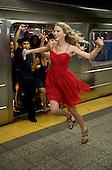 9/13/2009 - 2009 MTV Video Music Awards - Taylor Swift Subway Performance