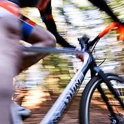 PE00360-00...WASHINGTON - Cyclocross bicycle race in Seattle.