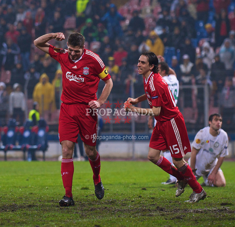 BUCHAREST, ROMANIA - Thursday, February 25, 2010: Liverpool's captain Steven Gerrard MBE celebrates scoring the third goal against FC Unirea Urziceni during the UEFA Europa League Round of 32 2nd Leg match at the Steaua Stadium. (Photo by David Rawcliffe/Propaganda)