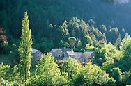 France, Languedoc Roussillon, Lozère, Cévennes, Gorges du Tarn, village de La Croze
