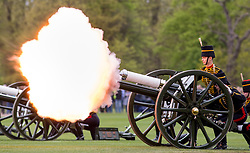© Licensed to London News Pictures. 21/04/2017. London, UK. The King's Troop Royal Horse Artillery fire a 41-round gun salute in Hyde Park, to celebrate the 91st Birthday of Queen Elizabeth II. Photo credit : Tom Nicholson/LNP
