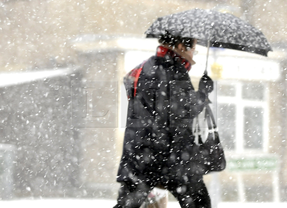 © under license to London News Pictures. 2010.12.17 Snow hits Orpington again this afternoon (Fri) with freezing temperatures and blizzard conditions .Picture credit should read Grant Falvey/London News Pictures...