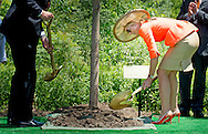 King Willem-Alexander and Queen Maxima of The Netherlands visit  Frederik Meijer Gardens and Sculpture Park in Grand Rapids for a tree planting ceremonie . United States, 2 June 2015.The King and Queen visit the United States during an 3 day official visit. COPYRIGHT ROBIN UTRECHT