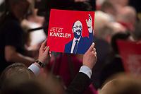 19 MAR 2017, BERLIN/GERMANY:<br /> Schild &quot;Jetzt Kanzler&quot; mit Martin Schulz, SPD desig. SPD Parteivorsitzender und SPD Spitzenkandidat der Bundestagswahl, a.o. Bundesparteitag, Arena Berlin<br /> IMAGE: 20170319-01-041<br /> KEYWORDS: party congress, social democratic party, candidate, sign