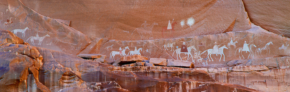 0100-1024 ~ Copyright:  George H. H. Huey ~ Navajo Indian pictograph of invading Spanish cavalry [the Narbona Expedition of 1804-1805], on wall of Canyon de Chelly.  Canyon de Chelly National Monument, Arizona.