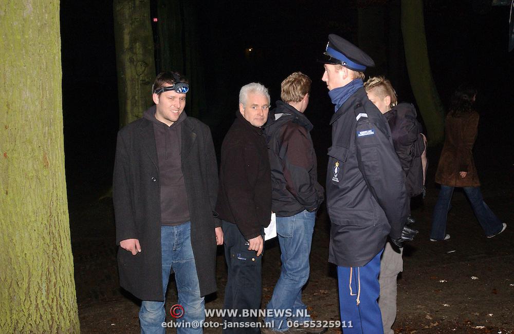 Overlijden prins Bernhard, Personeel NOS en Dutchview bekijken de mogelijkheden voor het plaatsen van camera's in het paleis