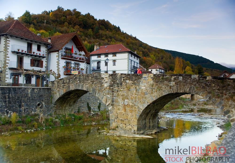 Ochagavia village. Salazar Valley, Roncal-Salazar County, Pyrenees, Navarre, Spain, Europe.