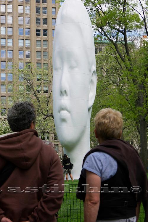 Contemporary sculpture of Jaume Plensa