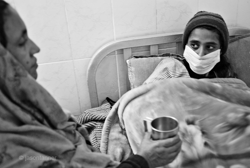 how to take care of tb patient at home