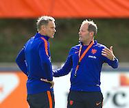 02-09-2016 VOETBAL: TRAINING NEDERLANDS TEAM: KATWIJK<br /> Marco van Basten , Danny Blind  copyright robin utrecht