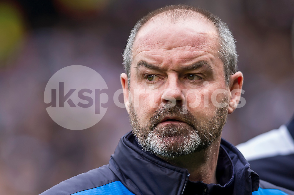 Steve Clarke manager of Reading during the Sky Bet Championship match between Fulham and Reading at Craven Cottage, London, England on 24 October 2015. Photo by Salvio Calabrese.