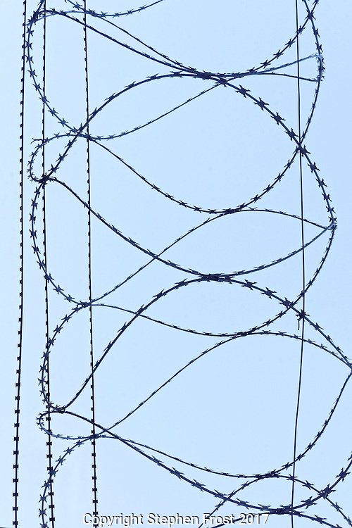 A dangerous design of barbed wire.