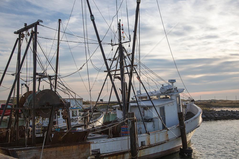 Old fishing boats in hampton bays rob lang images for Fishing boats long island