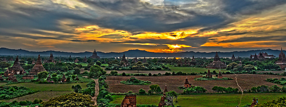 Myanmar, Bagan pagoda temples at sunset