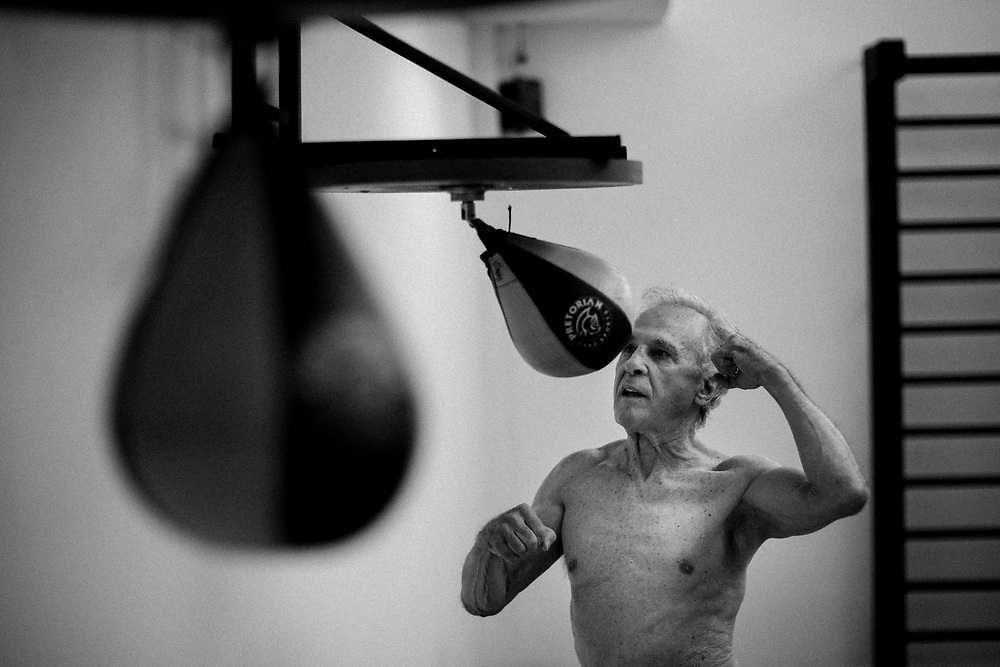 SAO PAULO, BRASIL, 10/09/2010: Eder Jofre, Bantamweight Boxing World Champion.  (photo: Caio Guatelli)