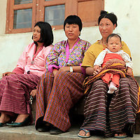 Asia, Bhutan, Wangdue. Women of Wangdu Phodrang in traditional clothing.