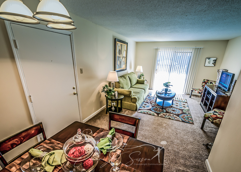 dining room at autumn woods apartments in mobile alabama carmen k