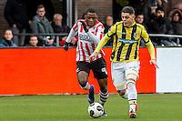 ROTTERDAM - Sparta - Vitesse , Voetbal , Eredivisie , Seizoen 2016/2017 , Het Kasteel , 11-12-2016 ,  eindstand 3-1 , Vitesse speler Milot Rashica (r) in duel met Sparta speler Sherel Floranus (l)