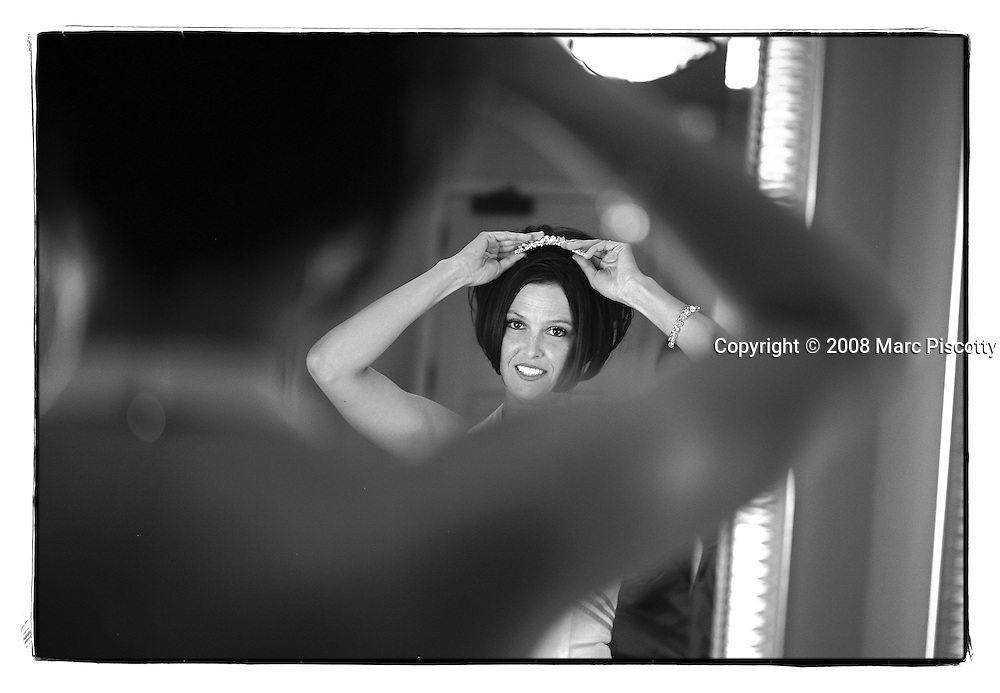 SHOT 9/20/08 2:56:06 PM - Wedding of Amber Bowlin and Billy Eaton at the Cherry Creek Country Club in Denver, Co.(Photo by Marc Piscotty / © 2008)