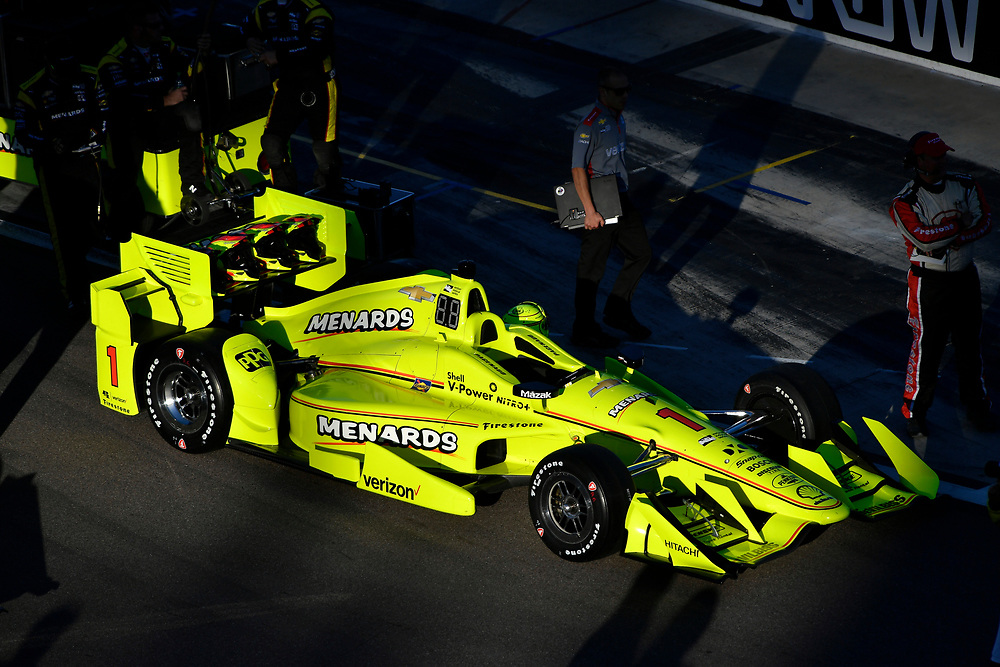 Verizon IndyCar Series<br /> Desert Diamond West Valley Phoenix Grand Prix<br /> Phoenix Raceway, Avondale, AZ USA<br /> Saturday 29 April 2017<br /> Simon Pagenaud, Team Penske Chevrolet<br /> World Copyright: Scott R LePage<br /> LAT Images<br /> ref: Digital Image lepage-170429-phx-3013