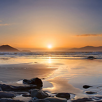 Waterville Beach Panorama with colourful sunset, iveragh Peninsula, Ring of Kerry, Ireland / wv054