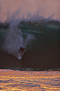 surf photography,hawaii surf,surfer  ,waves,photographie de surf,photographe de surf,surf photos,photography,surf photography,pipe-line Oahu , Hawaii,big wave,surf photos, photo de surf,tube riding, surf photography,surf photographer,action ,sports,extreme sports,wave,